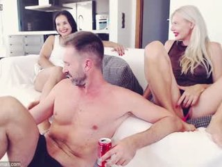 lucycums couple cam sex show