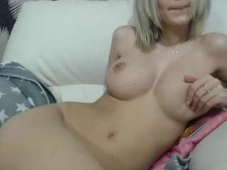 hotfallingdevil girl live sex cam